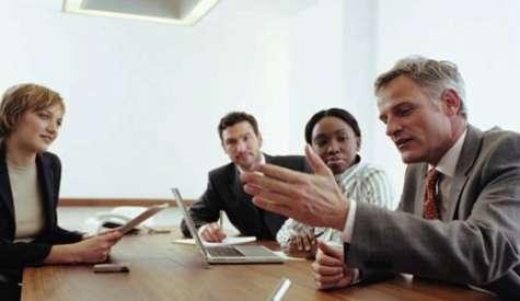 El buen líder debe fomentar el compañerismo. Foto:thinkandstart.com