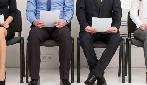 ¿Qué es preferible: contratar los servicios de un headhunter o tener una oficina de gestión de talento propia? La respuesta correcta es: ¡depende!. Foto:factorhumanocr.com