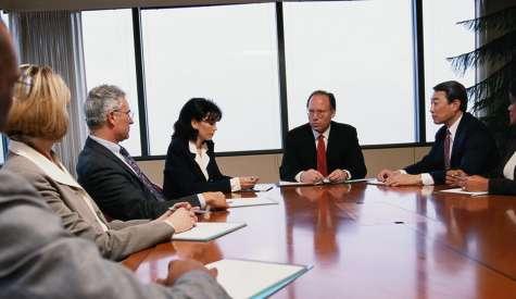 Un estudio de join.me arroja que los ejecutivos senior pierden un promedio de 5 días enteros  y 19 horas cada año por reuniones que empiezan tarde. Foto:incae.edu