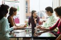 La comunicación efectiva es vital para el éxito personal y empresarial. Foto:altonivel