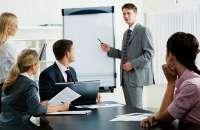 Para que tu empresa sea exitosa debes invertir en capacitación a los empleados. Foto:cdn.pymex.pe