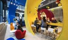 Algunos de los beneficios de las mejores empresas para trabajar son: horarios flexibles y jugosas bonificaciones, entre otros. Foto:marketingdirecto.com
