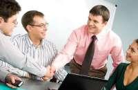 Muchas empresas se esfuerzan hoy día por mantener el autoestima de sus empleados siempre en aumento. Foto:descubretuvalorysefeliz.com