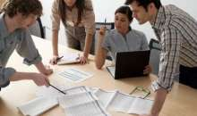 La mayoría de los jefes jóvenes tiende a cometer errores. Foto:parabuenosaires.com