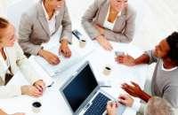 Hay una serie de factores que se relacionan directamente con la generación y el fomento del compromiso organizacional. Foto:optimacoaching.es