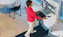 Expecialistas aseguran que trabajar de pie mejora la postura y disminuye el dolor. Foto:transformer.blogs.quo.es