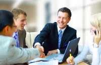 Los grandes jefes y líderes de las compañías pueden hacer mucho por sus empleados. Foto:notinerd.com