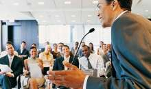 Dar un discurso siempre es un desafío, hasta para quienes están acostumbrados a hacerlo. Foto:mimind.files.wordpress.com