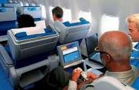 La compañía aérea francesa Air France anunció que permitirá utilizar aparatos electrónicos personales durante el vuelo. Foto:AP