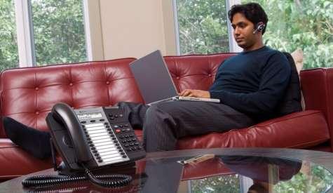 Evalúa a tus colaboradores e identifica cuáles son los beneficios de trabajar desde casa o en la oficina. Foto:joobdo.com