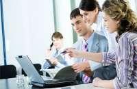 Genera un buen ambiente laboral, un sentido de pertenencia y ganas de trabajar... todo, con inteligencia emocional. Foto:undo52.com